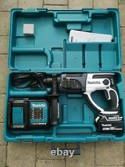 Makita DHR202SMW 3.5kg 18v 4.0ah Li-ion LXT Cordless SDS Plus Drill