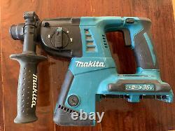 Makita XRH05 18V X2 LXT Li-Ion Cordless 1 Rotary Hammer