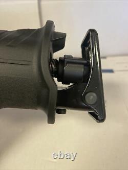 Makita XRJ07ZB 18V LXT Li-Ion Sub-Compact Cordless Reciprocating Saw NEW