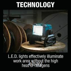 Makita Dml811 18v Lxt Lithium-ion Lumière De Travail Sans Fil / Corded, Lumière Seulement